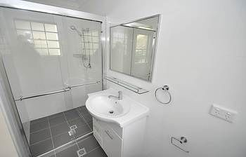 Balmain 4 Mont Furnished Apartment - Accommodation Cooktown