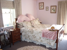 Old Colony Inn Bed and Breakfast  Accommodation - Accommodation Cooktown