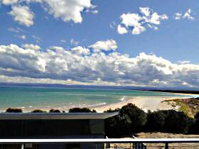 Freycinet Beach Apartments - Accommodation Cooktown