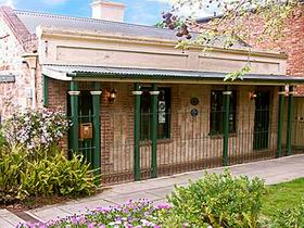 Chichester Gardens Cottage - Accommodation Cooktown