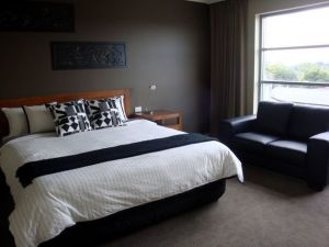 Bridges on Argyle Motel  Serviced Apartments - Accommodation Cooktown