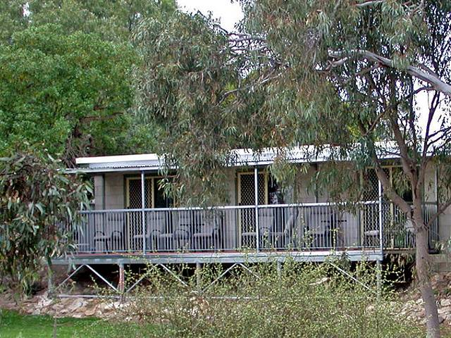 Donald Riverside Motel - Accommodation Cooktown