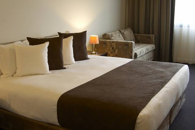 Quality Hotel Tabcorp Park - Accommodation Cooktown