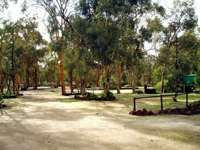 Toodyay Holiday Park  Chalets - Accommodation Cooktown