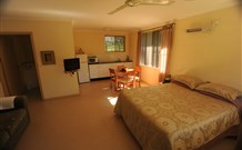 Ned's Bed Horse and Dog-Otel - Clybucca - Accommodation Cooktown