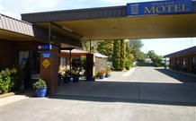 Nicholas Royal Motel - Hay - Accommodation Cooktown