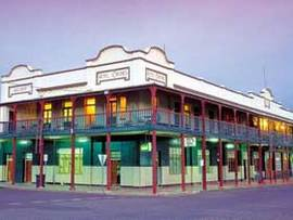 Hotel Corones - Accommodation Cooktown