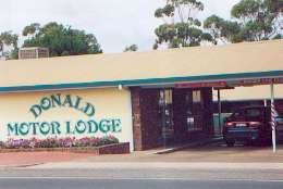 DONALD MOTOR LODGE - Accommodation Cooktown