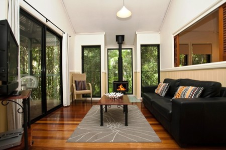 Cedar Creek Lodges - Accommodation Cooktown