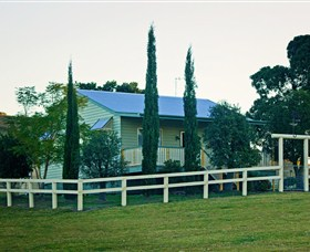 Milford Country Cottages - Accommodation Cooktown
