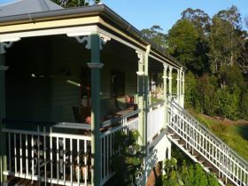 The Sanctuary Springbrook. Guest House / Cottage - Accommodation Cooktown