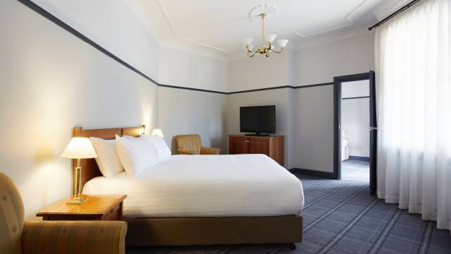 Brassey Hotel - Accommodation Cooktown