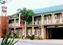 Hamiltons Henry Parkes - Accommodation Cooktown