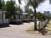 Lakeside Caravan Park - Accommodation Cooktown