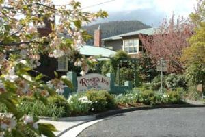 Rosie's Inn - Accommodation Cooktown