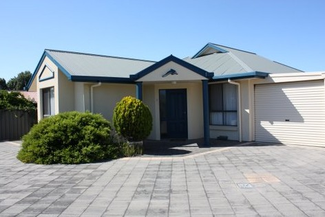 Robe Dolphin Court Apartments - Accommodation Cooktown