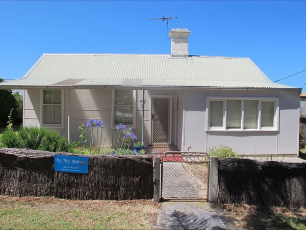 Holly's Holiday Home - Accommodation Cooktown
