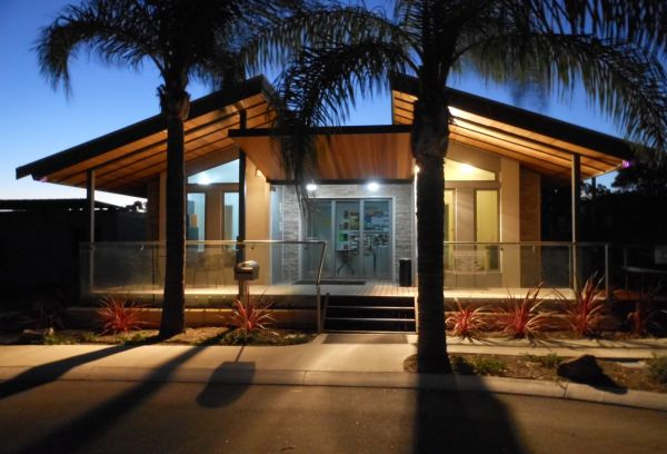 Midland Tourist Park - Accommodation Cooktown