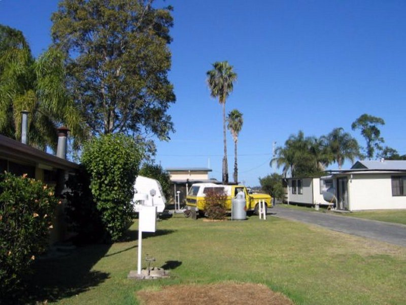 Browns Caravan Park - Accommodation Cooktown
