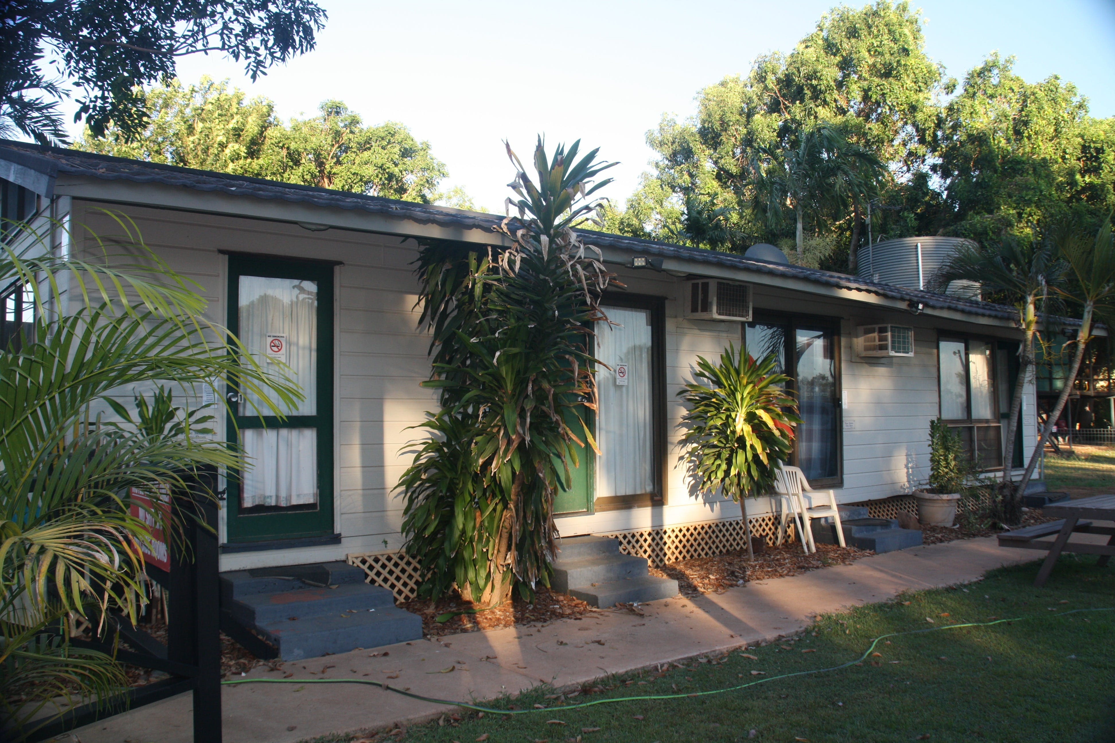 Daly River Roadside Inn - Accommodation Cooktown