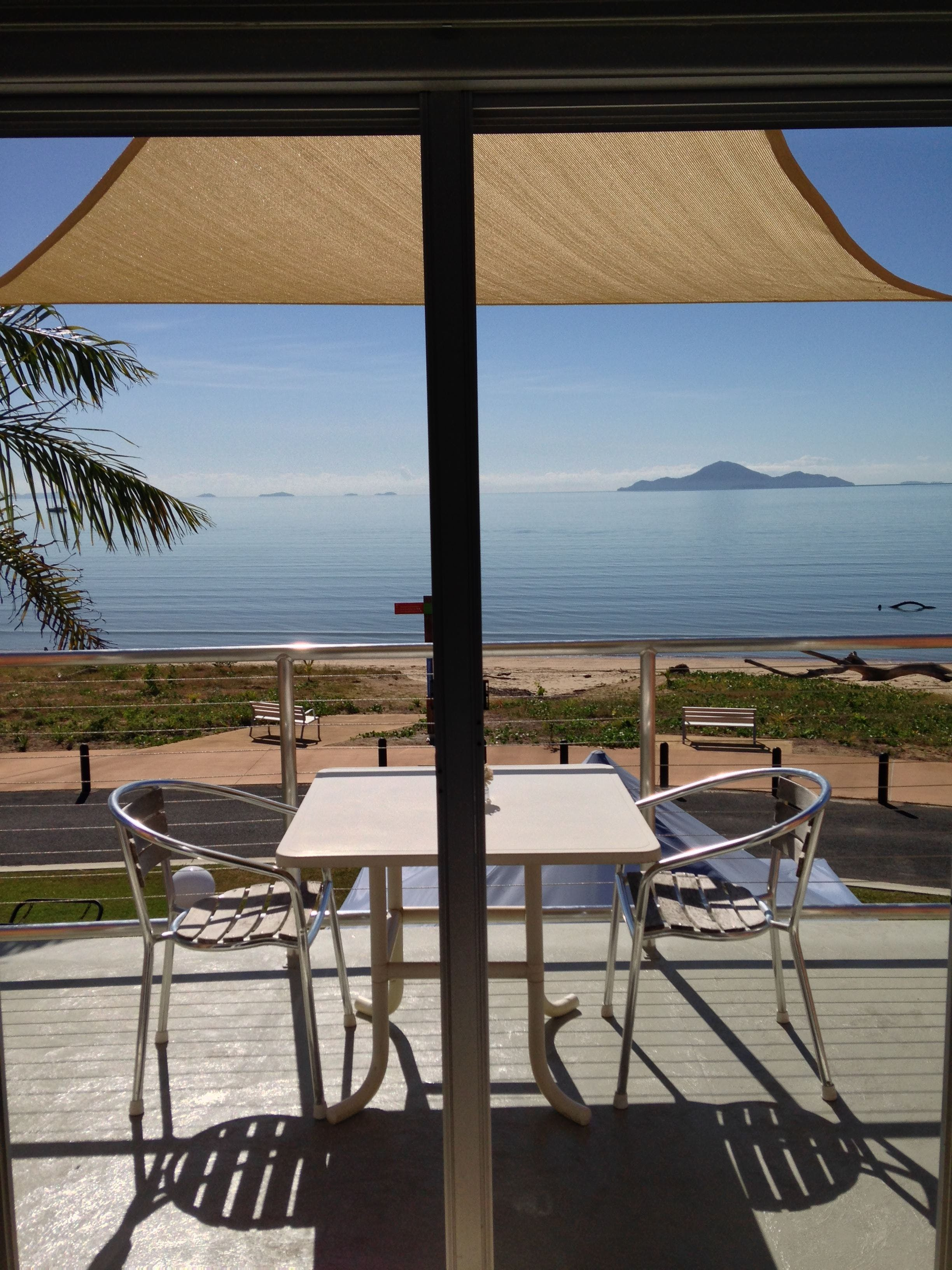 Cardwell Beachfront Motel - Accommodation Cooktown