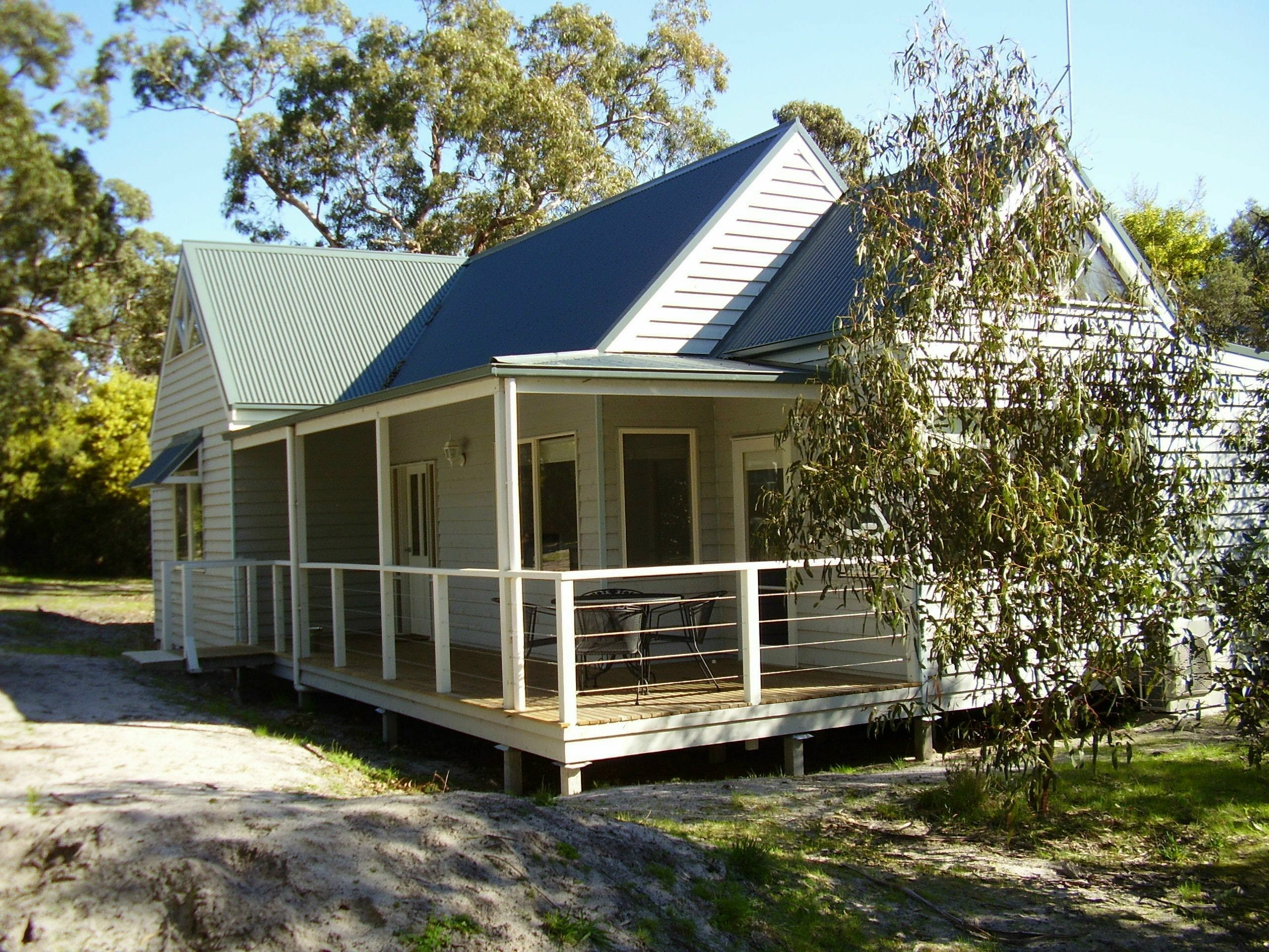 Hooked Inn Cottages - Accommodation Cooktown