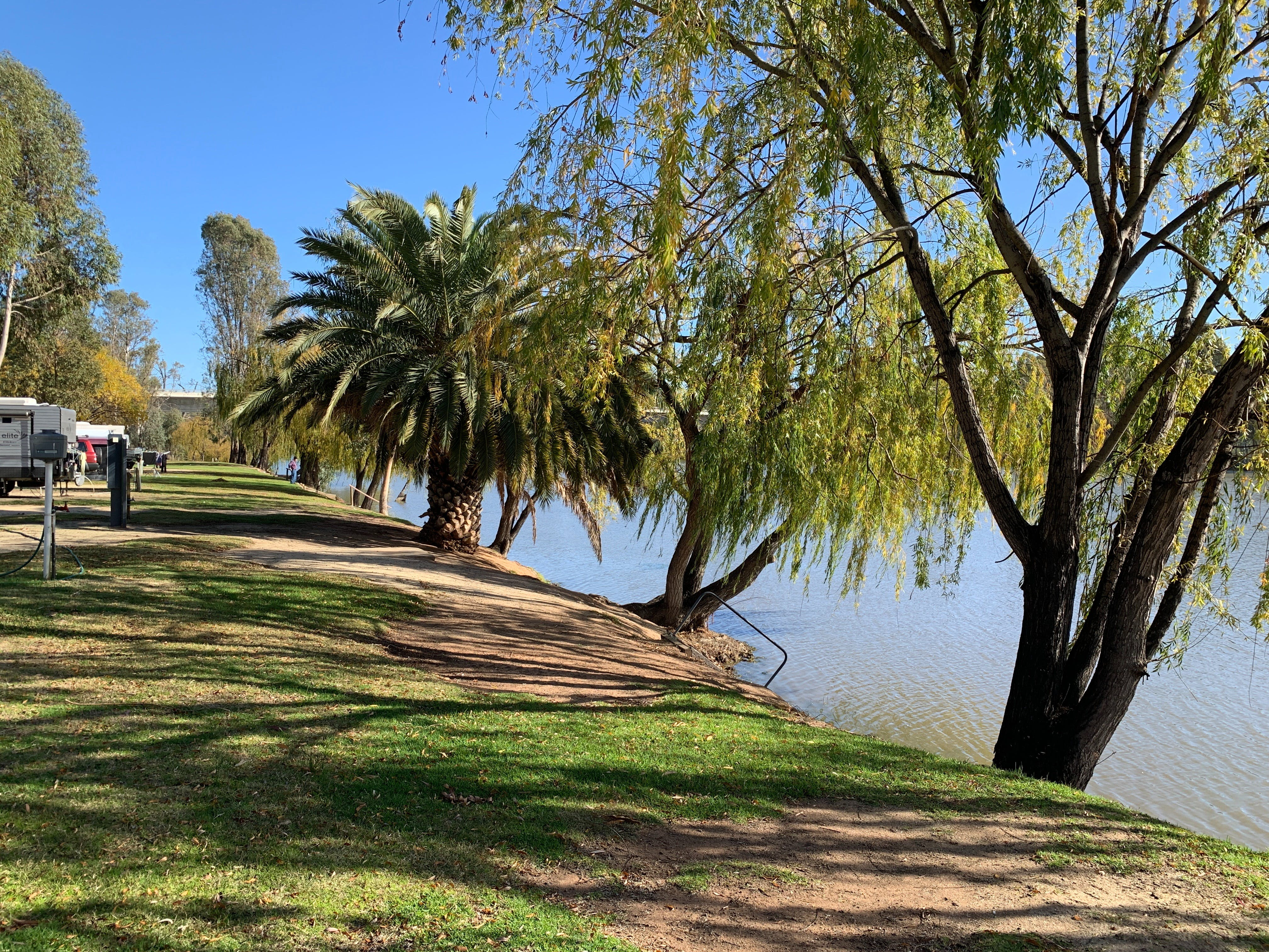 Robinvale Riverside Caravan Park - Accommodation Cooktown