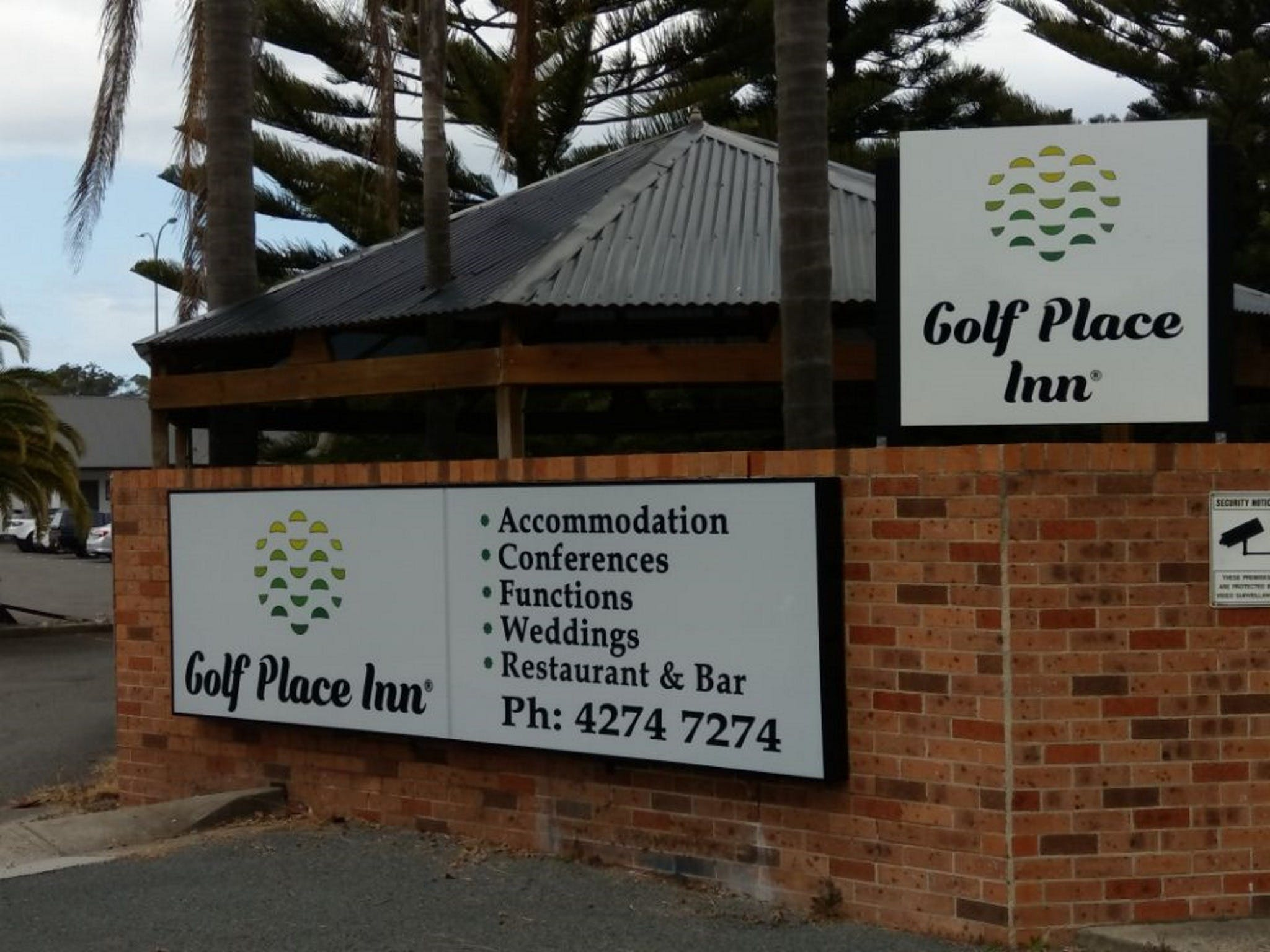 Golf Place Inn - Accommodation Cooktown