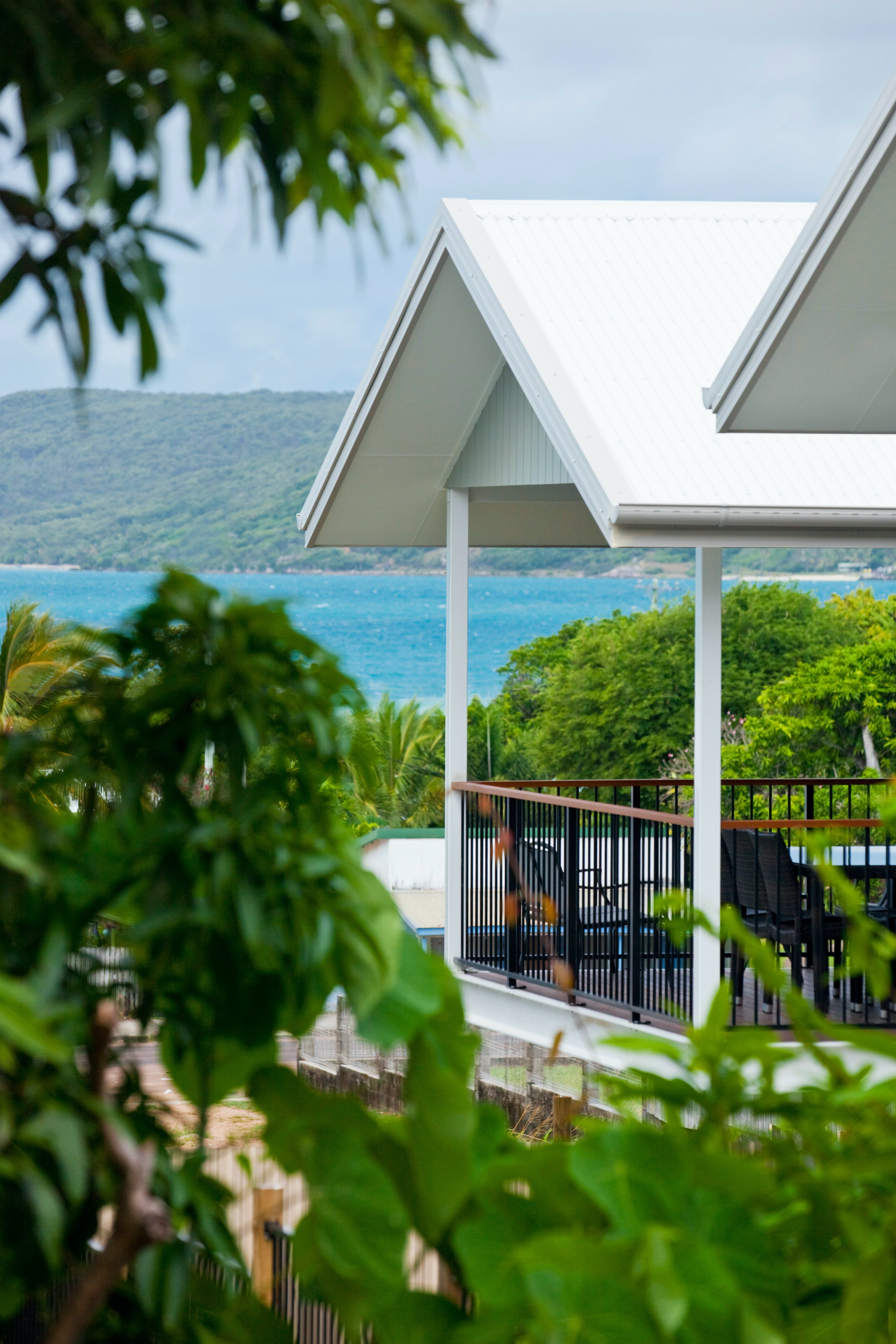 Island Villas and Apartments - Accommodation Cooktown