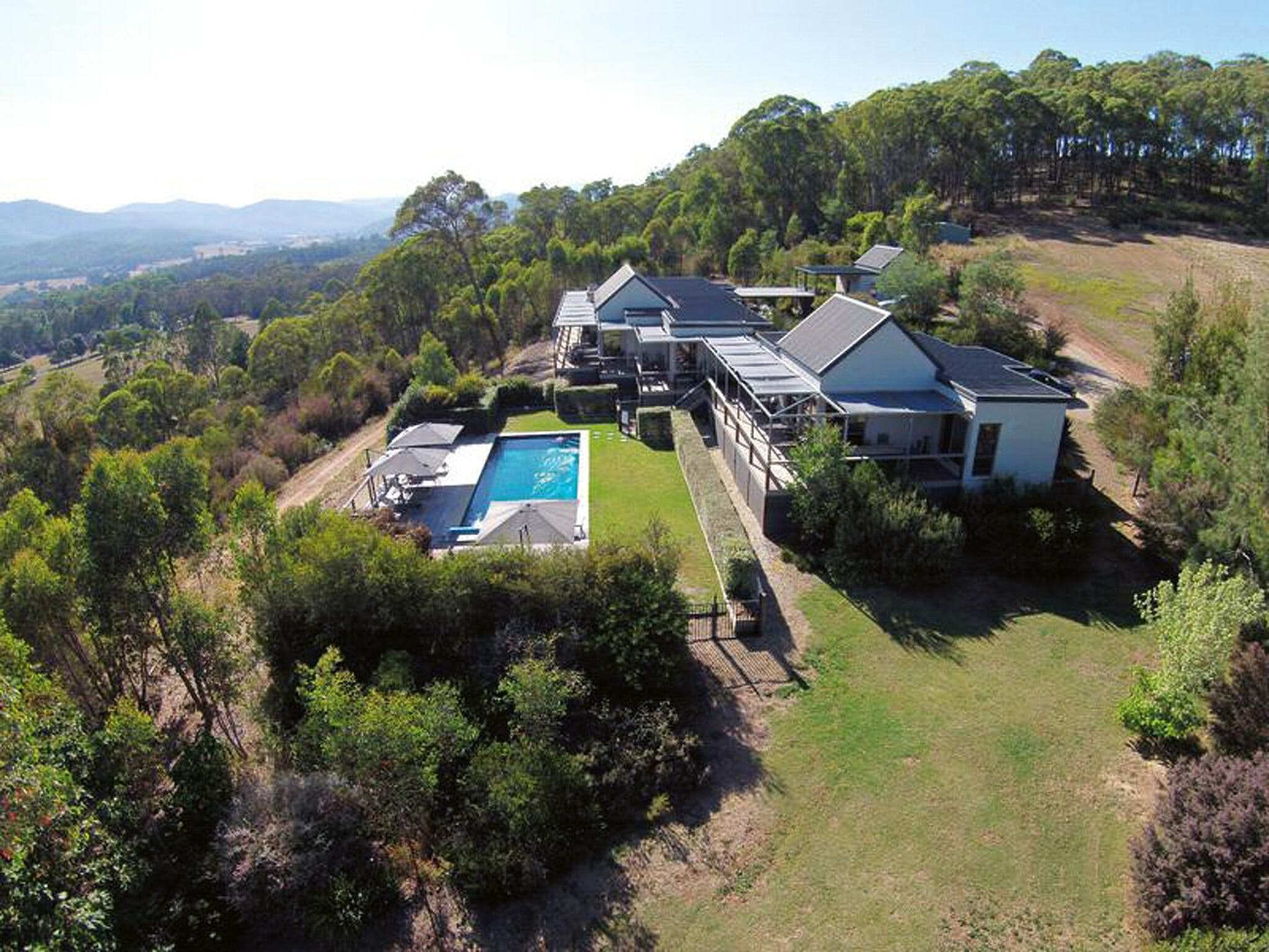 215 Mt Buffalo Retreat - Accommodation Cooktown