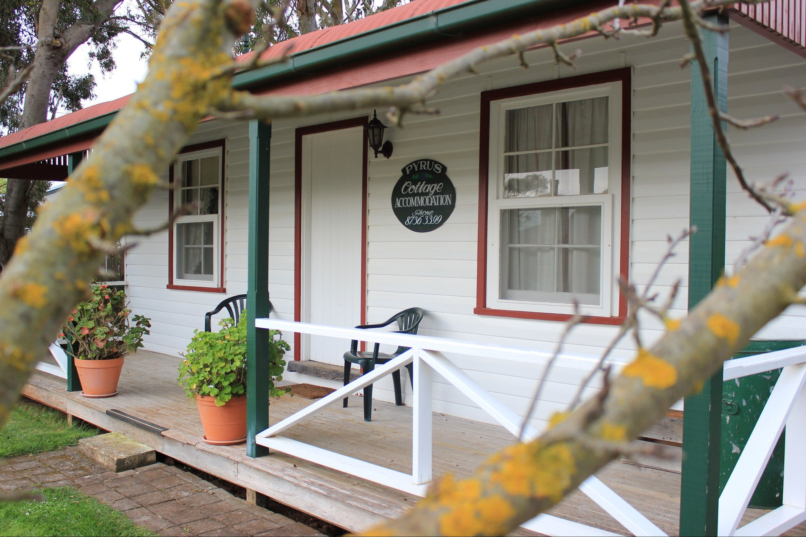 Coonawarra's Pyrus Cottage - Accommodation Cooktown