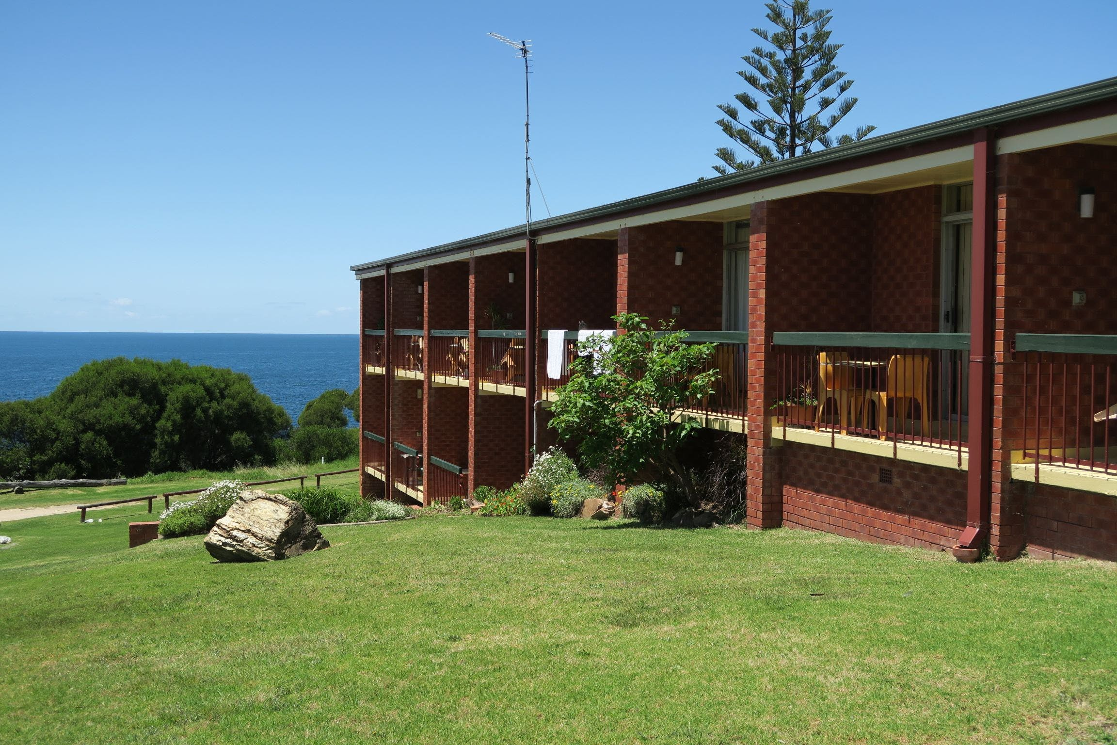 Tathra Hotel - Motel - Accommodation Cooktown