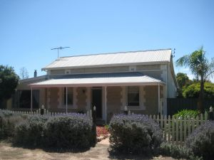 The Bielby's - Accommodation Cooktown