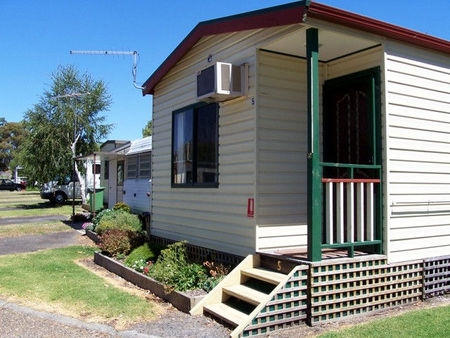 Leongatha Apex Caravan Park - Accommodation Cooktown