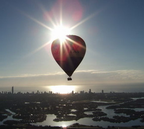 Balloon Down Under - Accommodation Cooktown