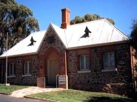 Old Police Station Museum - Accommodation Cooktown