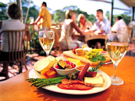 Eldredge Vineyards And Restaurant - Accommodation Cooktown
