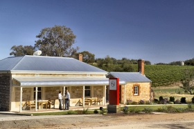 Two Hands Wines - Accommodation Cooktown