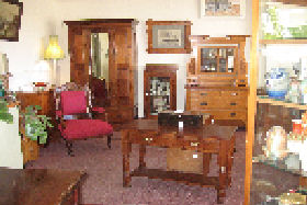 New Norfolk Antiques - Accommodation Cooktown