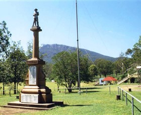 Maroon State School War Memorial - Accommodation Cooktown