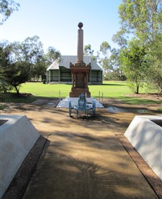 Mitchell War Memorial - Accommodation Cooktown