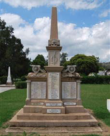 Boer War Memorial and Park - Accommodation Cooktown