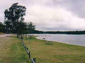 Storm King Dam - Accommodation Cooktown
