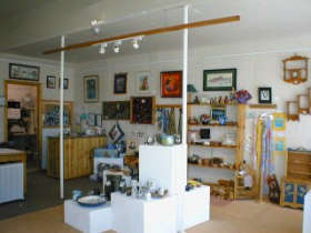 Great Alpine Gallery - Accommodation Cooktown