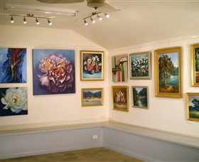 Ros McArthur Art Studio - Accommodation Cooktown