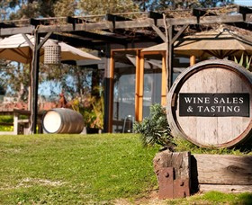 Saint Regis Winery Food  Wine Bar - Accommodation Cooktown