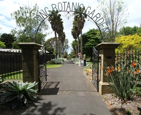 Friends of Geelong Botanic Gardens - Accommodation Cooktown