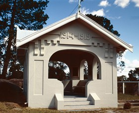 Stanthorpe Soldiers Memorial - Accommodation Cooktown