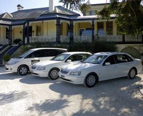Highlands Chauffeured Hire Cars Tours - Accommodation Cooktown