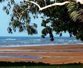 Beachfront Hotel - Accommodation Cooktown